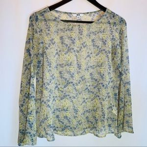 Uniqlo Floral Bell Sleeved Blouse with Peplum